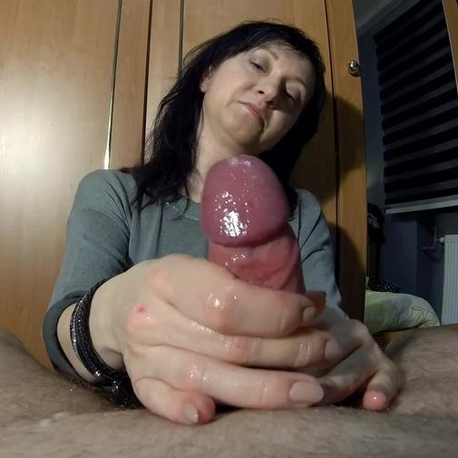 Maya makes his cock explode of cum